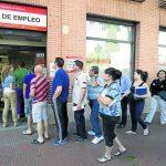 EL DESEMPLEO REGISTRADO EN ESPAÑA BAJÓ EN 30.113 PERSONAS EN MAYO